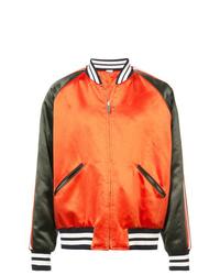 Cazadora de aviador estampada naranja de Gucci