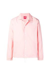 Chaqueta estilo camisa rosada de New Balance