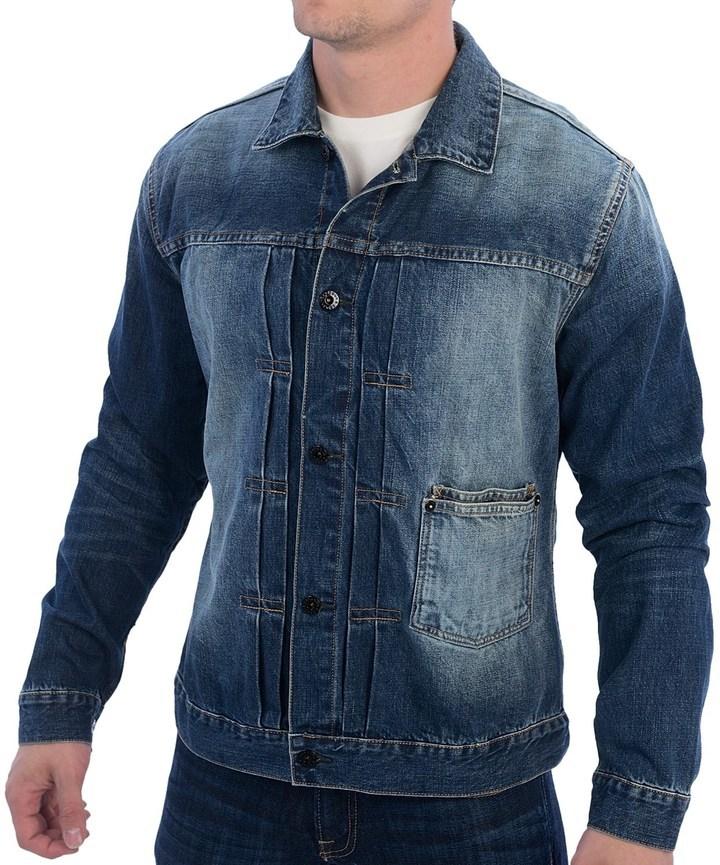 Como combinar una chaqueta azul marino