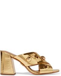 Chinelas de cuero con adornos doradas de Michael Kors