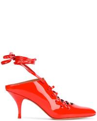 Chinelas rojas de Givenchy