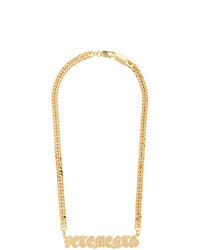 Collar dorado de Vetements