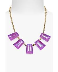 d4bed248d4b7 Cómo combinar un collar en violeta (4 looks de moda)