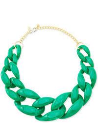 Cómo combinar un collar verde en 2016