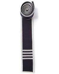 Corbata de punto en azul marino y blanco de Thom Browne