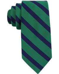 Corbata de rayas horizontales verde