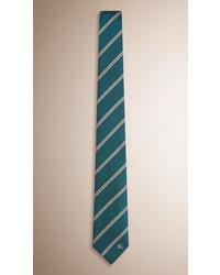 Corbata de rayas horizontales verde oscuro