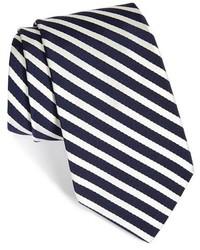 Corbata de rayas verticales en blanco y azul marino