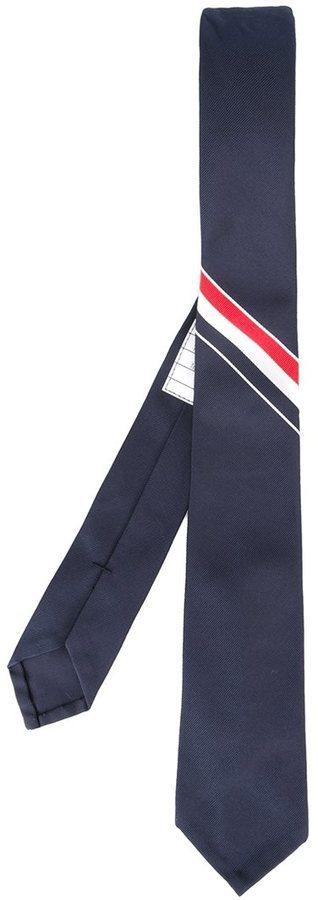 Corbata de seda de rayas horizontales azul marino de Thom Browne