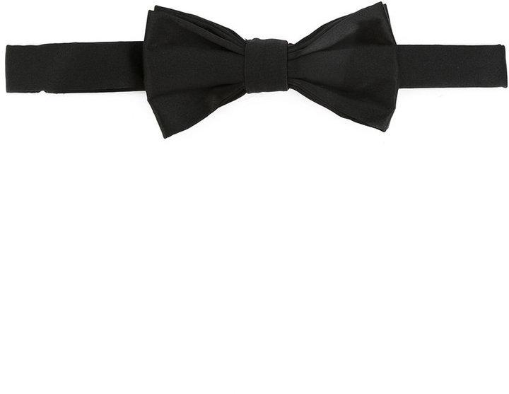 Corbatín de seda negro de fe-fe