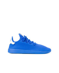 Deportivas azules de Adidas By Pharrell Williams