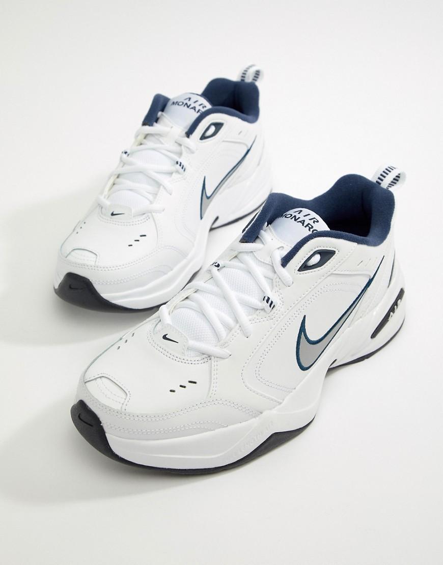 Deportivas blancas de Nike
