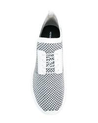 Deportivas en blanco y negro de Kendall & Kylie