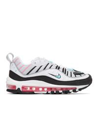 Deportivas en blanco y negro de Nike