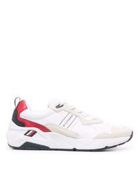 Deportivas en blanco y rojo de Tommy Hilfiger