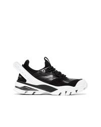 Deportivas en negro y blanco de Calvin Klein 205W39nyc