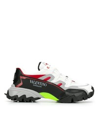 Deportivas en negro y blanco de Valentino