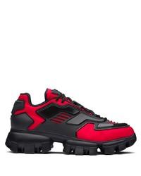 Deportivas en rojo y negro de Prada