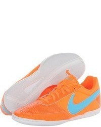 Deportivas naranjas