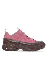 Deportivas rosa de Burberry