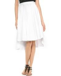 Falda campana blanca de Robert Rodriguez