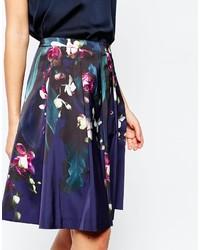 Falda campana con print de flores azul marino de Ted Baker