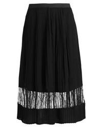 Falda campana negra de Vila