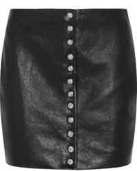 Falda con botones de cuero negra