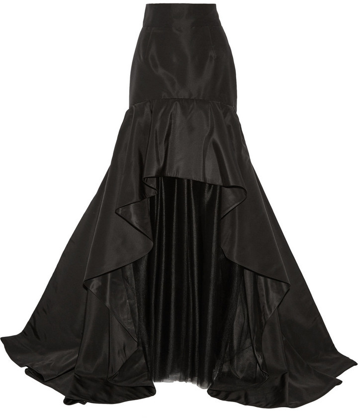 26670fae9 ... Falda larga de tul negra de Oscar de la Renta