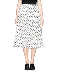 Falda midi a lunares en blanco y negro