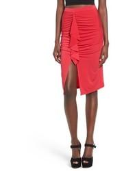 Falda midi con recorte roja