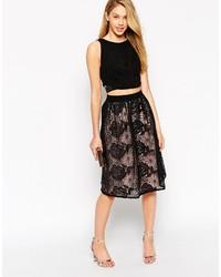 Falda midi de encaje plisada negra de Little Mistress