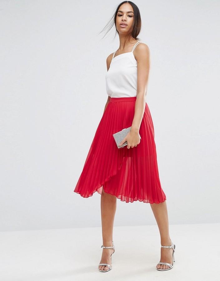 6f9f2b224 Falda midi plisada roja de Asos