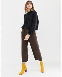 Falda pantalón en marrón oscuro de Stradivarius