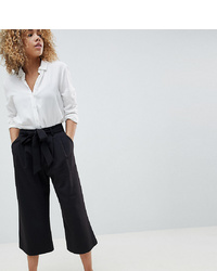 Falda pantalón negra de Asos Petite