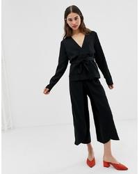 Falda pantalón negra de Ichi