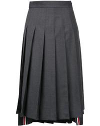 Falda plisada en gris oscuro de Thom Browne
