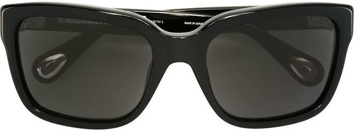 Gafas de sol negras de Linda Farrow