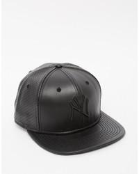 42f8c6d9d6bab Comprar una gorra de béisbol de cuero negra New Era