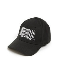 Gorra de béisbol en negro y blanco