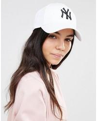Gorra inglesa blanca de New Era