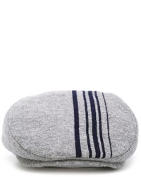Gorra inglesa de rayas verticales gris