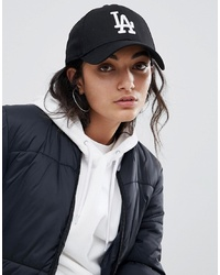 Gorra inglesa estampada en negro y blanco de New Era