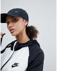 Gorra inglesa negra de Nike