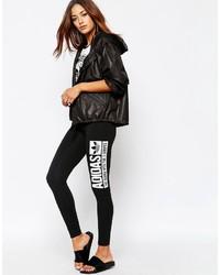 Leggings estampados en negro y blanco de adidas