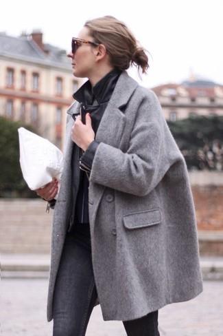 1 un abrigo gris looks negra chaqueta con una motera Cómo combinar z56AxwEq