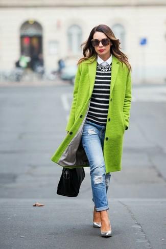 Como combinar un abrigo verde botella