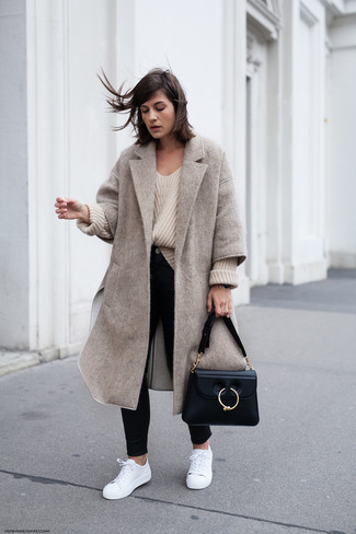 Como combinar abrigo color hueso