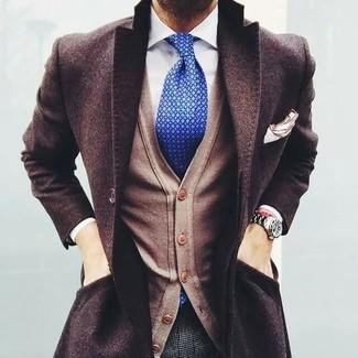 Intenta combinar un cárdigan marrón claro de hombres de Scalpers con un pantalón de vestir de lana a cuadros gris para una apariencia clásica y elegante.