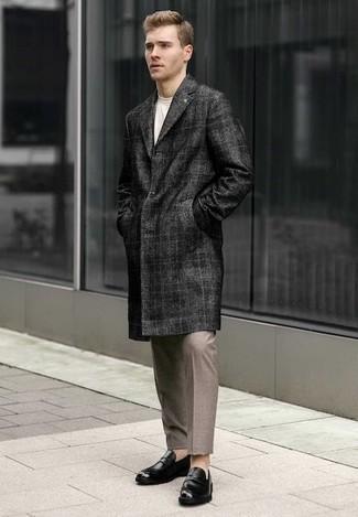 Abrigo largo de tartán en gris oscuro de Paltò